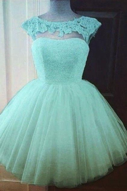 Bg947 Cute Homecoming Dress,A-Line Homecoming Dress,Tulle Homecoming Dress, Appliques Short Prom Dress